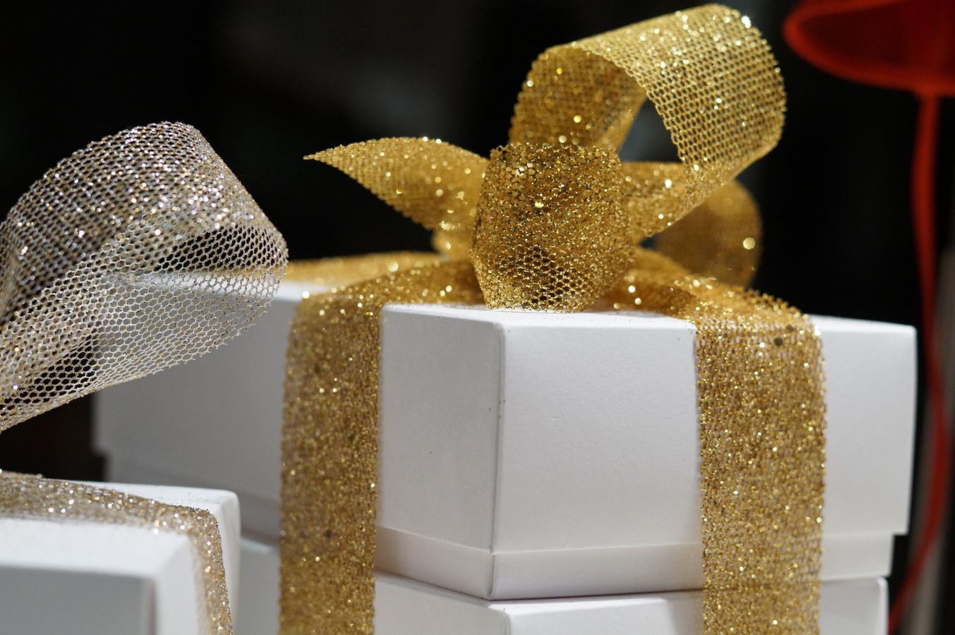 gifts-1622996_1920